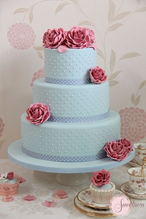 Blue wedding cakes, Vintage wedding cakes, Wedding Cakes London