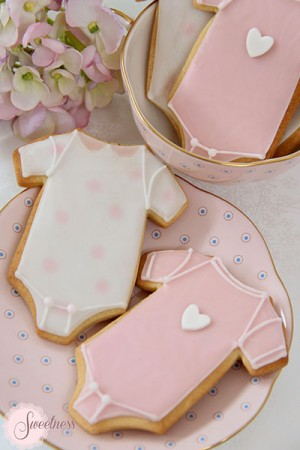 Baby Onesie cookies, Baby shower cookies