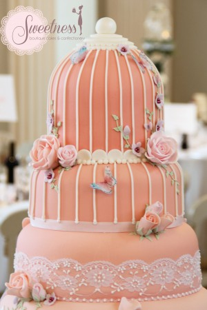 Birdcage wedding cakes
