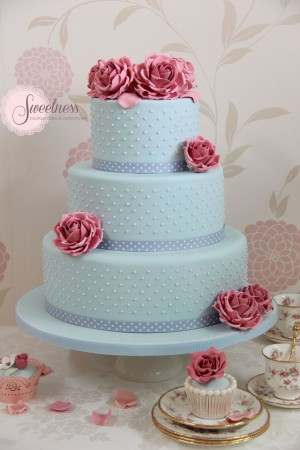 Rose Wedding Cakes, blue wedding cakes, vintage wedding cakes