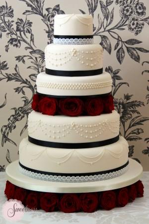 Gothic wedding cakes london, london wedding cakes, cake designer london