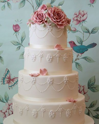 'The cake exceeded all our expectations' - George & Carly Argent
