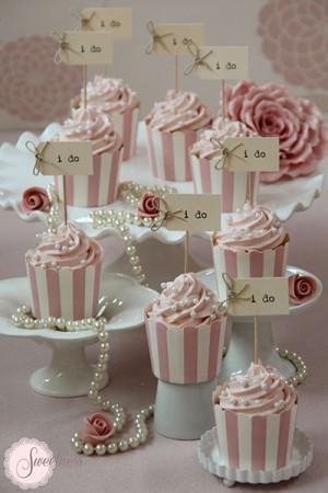 I do cupcakes